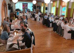 Read more about the article Hochzeitsfeier im goldenen Engel
